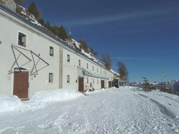 Foto invernale di presentazione Rifugio Dolomites - Monte Rite