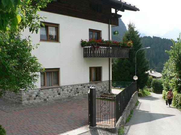 Foto esterno in estate Del Favero Bernardo