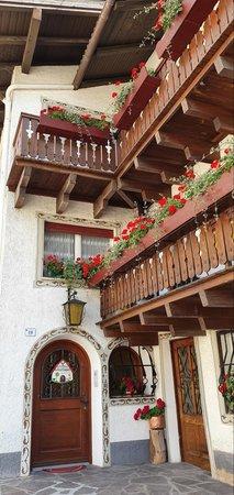 Photo exteriors in summer Ciasa Micelin