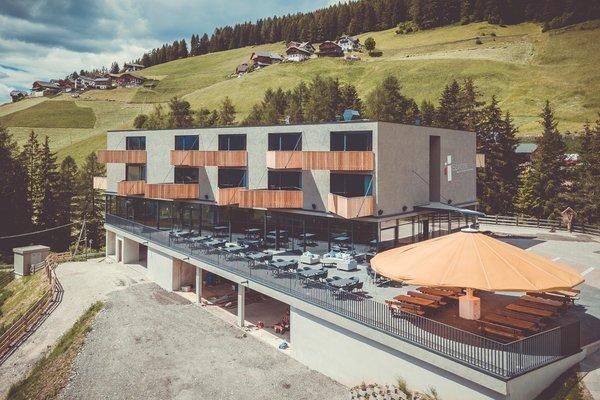 Foto estiva di presentazione Hotel Spaces