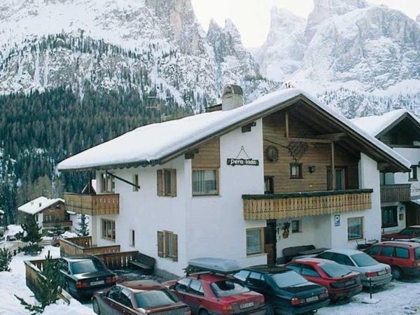 Foto invernale di presentazione Garni (B&B) + Appartamenti Pera Lada