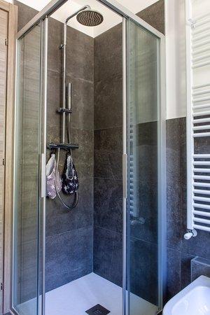 Photo of the bathroom Apartments Casa Miramonti
