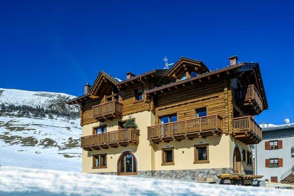 Foto invernale di presentazione Livigno Wooden House - Appartamenti 4 stelle