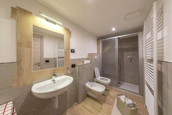Foto del bagno B&B + Appartamenti Chalet Osmar