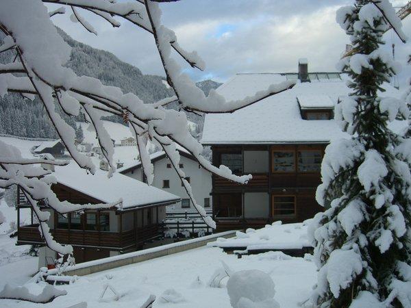 Foto esterno in inverno ACADEMIA