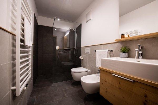 Photo of the bathroom Farmhouse B&B + Apartments Casteller