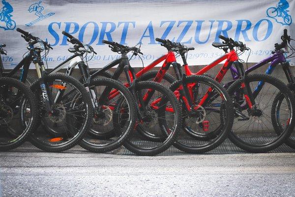 Presentation Photo Sport Azzurro - Passion for Sport - Bike rental
