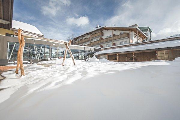 Foto invernale di presentazione Famelí - Hotel 4 stelle sup.