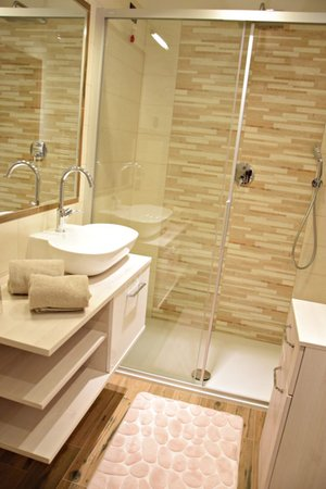 Photo of the bathroom Apartments Daberto Fabiola