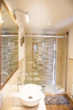 Foto del bagno Appartamenti Daberto Fabiola