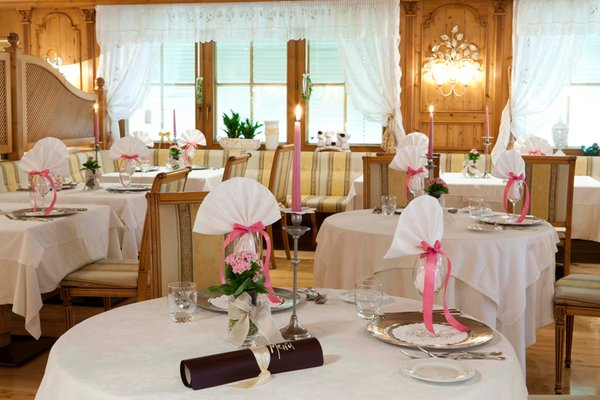 The restaurant San Vigilio / St. Vigil Al Sonnenhof Romantic Event-Hotel
