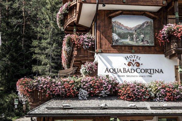 Foto di alcuni dettagli Aqua Bad Cortina & mineral baths