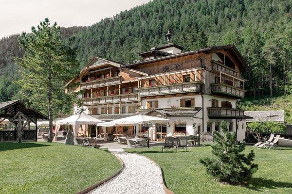 Foto estiva di presentazione Aqua Bad Cortina - BIOhotel & thermal baths