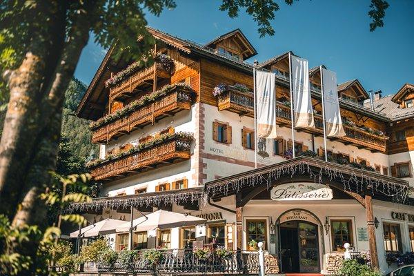 Sommer Präsentationsbild Corona - La Magia dei Cristalli - Hotel 4 Sterne