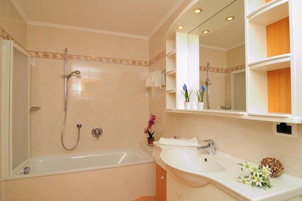 Photo of the bathroom Apartments Villa Nussbaumer