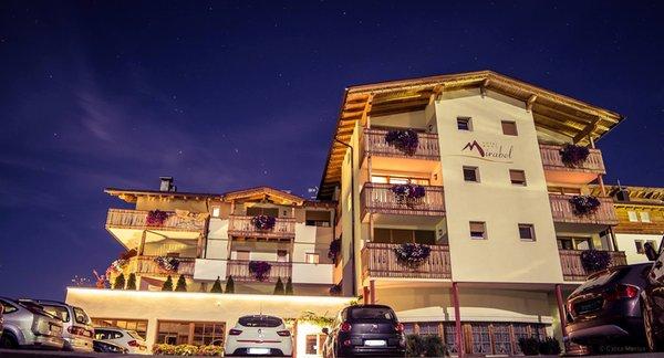 Foto esterno Hotel Mirabel