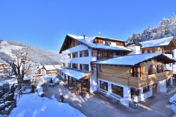 Photo exteriors in winter Monte Paraccia