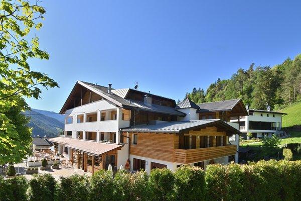 Foto esterno in estate Monte Paraccia