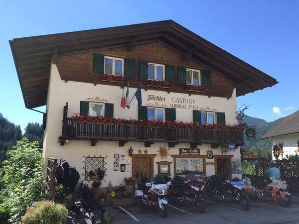 Foto esterno in estate Gasthof La Pli