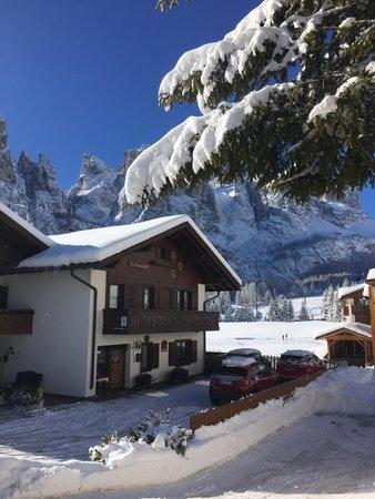 Photo exteriors in winter Fiordalisi