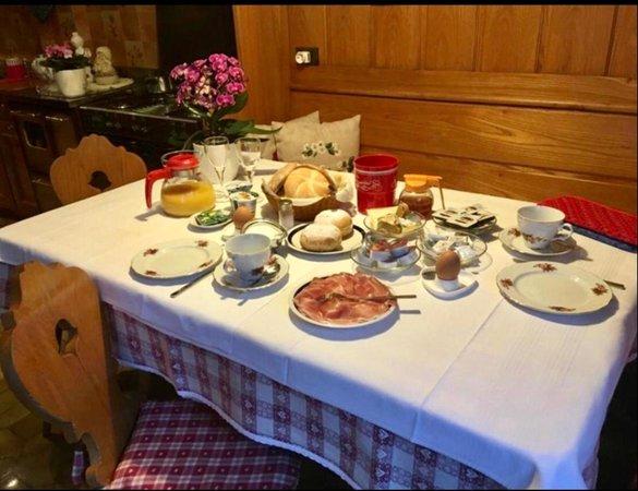 Das Frühstück Ferienwohnungen Fiordalisi