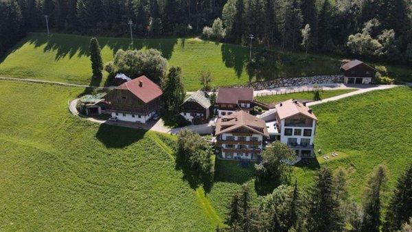 Lage Bauernhofspension Grones Zwischenwasser (Sankt Vigil in Enneberg)
