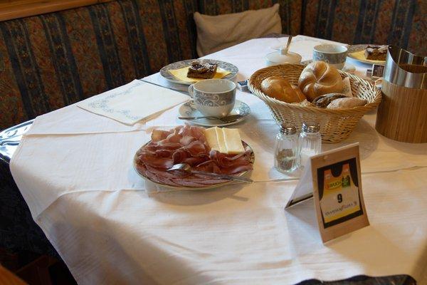 Das Frühstück Bed & Breakfast Ciasa Brüscia