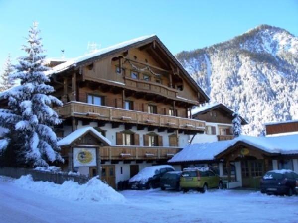 Winter presentation photo Ciasa Les Nainores - Bed & Breakfast 3 suns