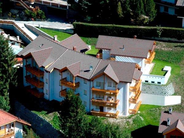 Foto estiva di presentazione Residence Antina