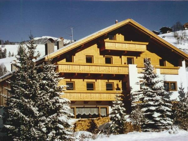 Foto invernale di presentazione Residence Villa Melitta