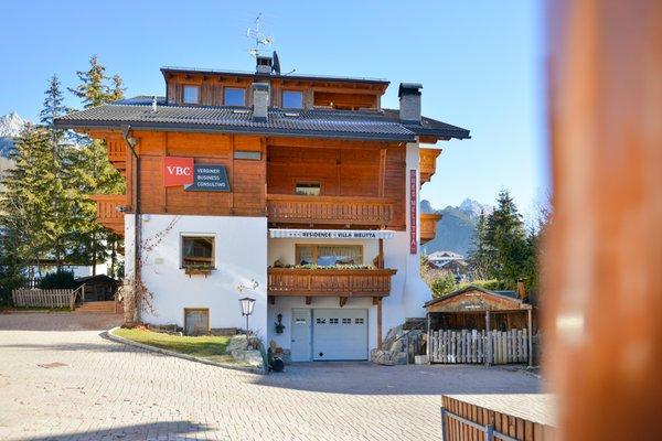 Foto esterno in estate Villa Melitta