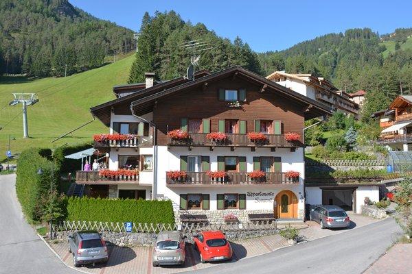 Foto estiva di presentazione Soratrù - Residence 2 stelle