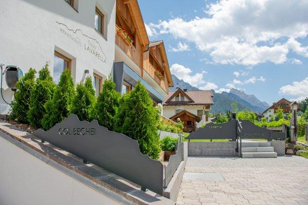 Foto esterno in estate Ciasa Lavarella