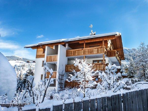 Winter Präsentationsbild Ferienwohnungen Ciasa Isidor