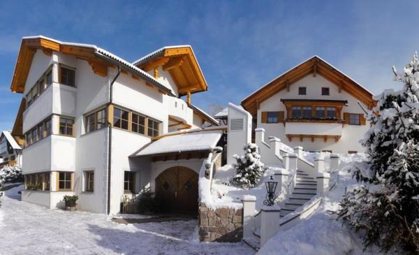 Foto invernale di presentazione Appartamenti in agriturismo Ciastel