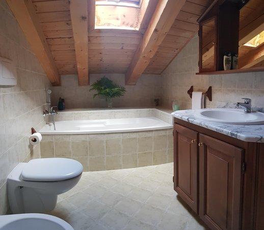Foto vom Bad Ferienwohnung Casa Tarin 32