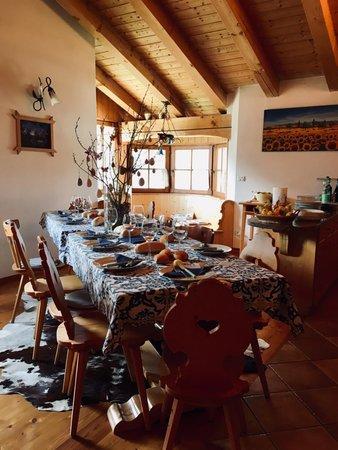 Der Wohnraum Ferienwohnung Casa Tarin 32
