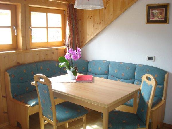 Der Wohnraum Lü de Bolser - Ferienwohnungen auf dem Bauernhof 3 Blumen
