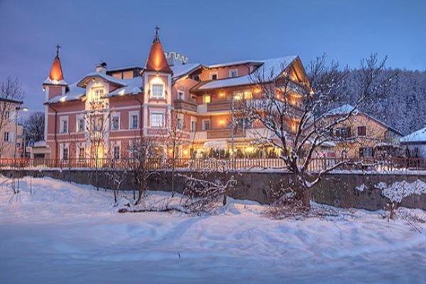 Foto invernale di presentazione Hotel Blitzburg