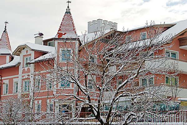 Foto esterno in inverno Blitzburg