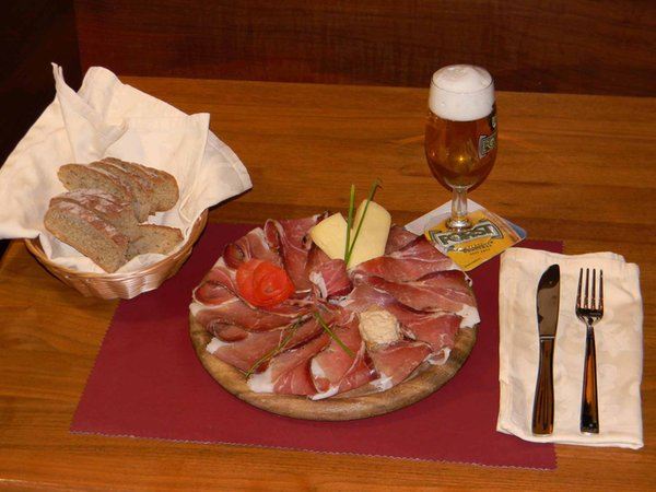 The restaurant Brunico / Bruneck Bologna