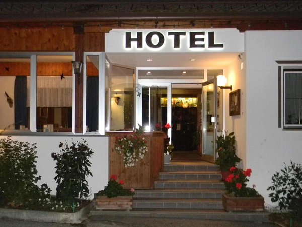 Hotel bologna brunico plan de corones for Hotel dei commercianti bologna