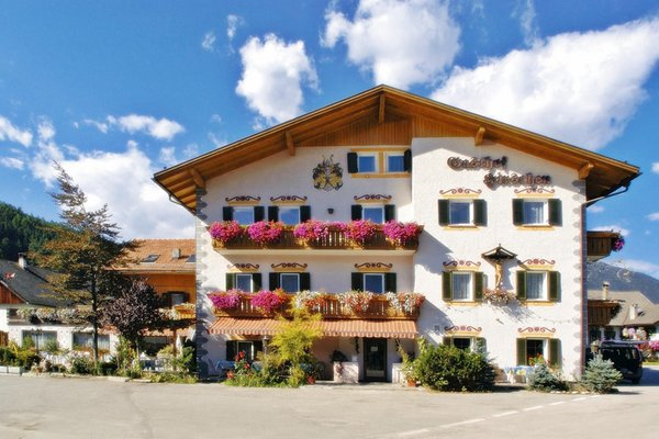 Summer presentation photo Zum Hirschen - Hotel 3 stars