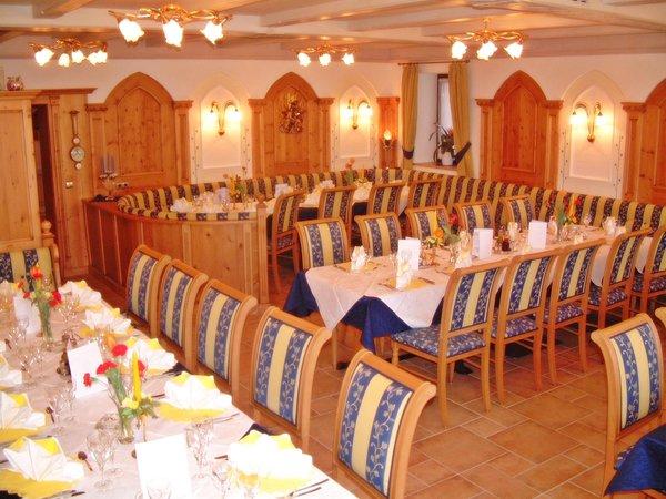 The restaurant Stegona / Stegen (Brunico / Bruneck) Zum Hirschen