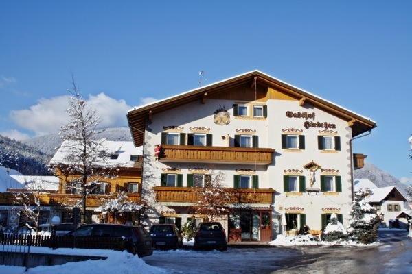 Foto invernale di presentazione Albergo Zum Hirschen