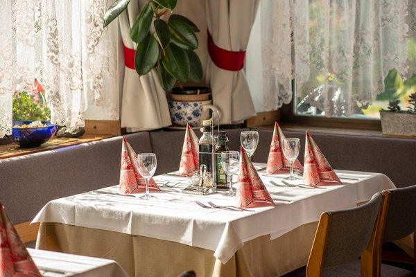 Il ristorante Stegona (Brunico) Zum Hirschen