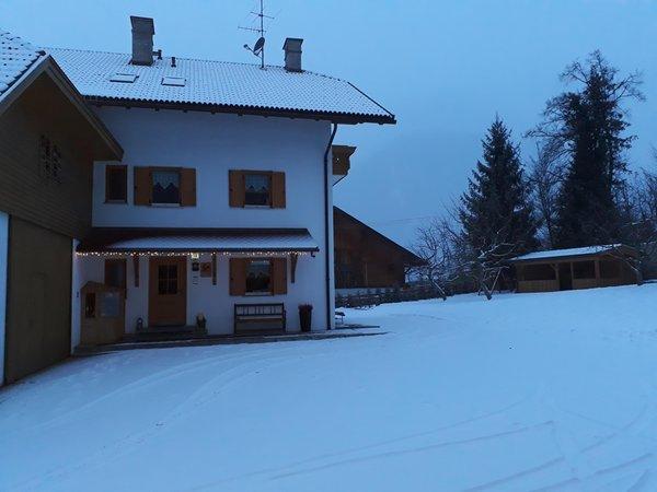 Foto Außenansicht im Winter Apartments Oberparleiter Bachlechnerhof