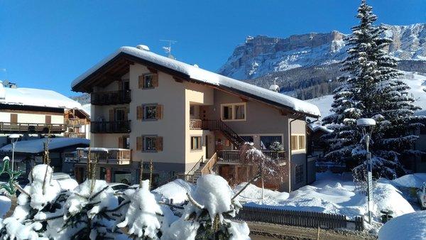 Foto esterno in inverno Apartment La Villa