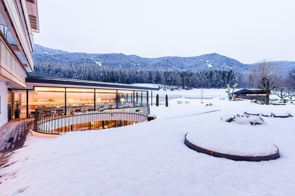 Foto esterno in inverno Petrus