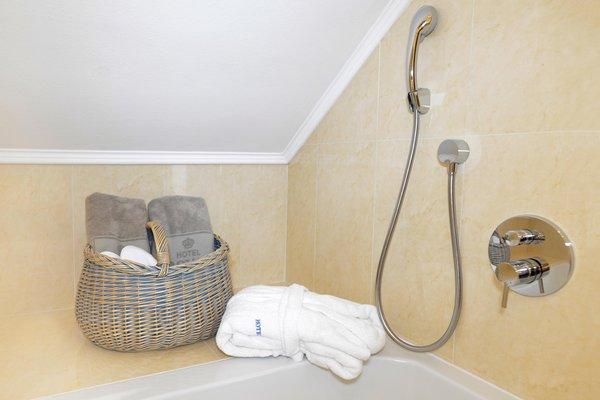 Hotel royal hinterhuber riscone plan de corones - Webcam bagno paradiso ...